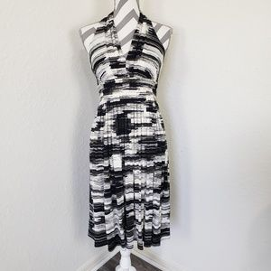 Calvin Klein | NWT Black Whote Abstract Dr…
